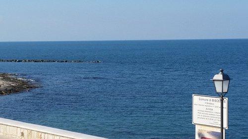 """Spiaggia """"La Grotta"""""""