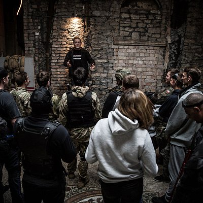 Pre game briefing