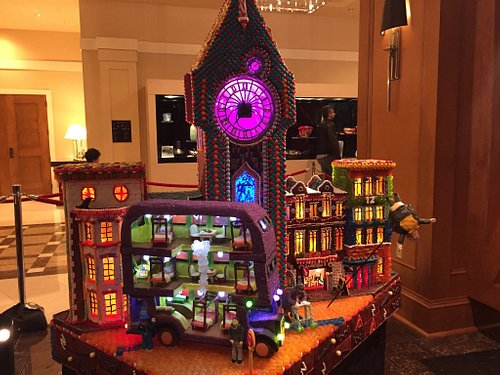 Harry Potter themed gingerbread houses