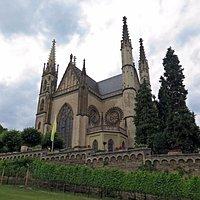 Неоготическая церковь над Рейном