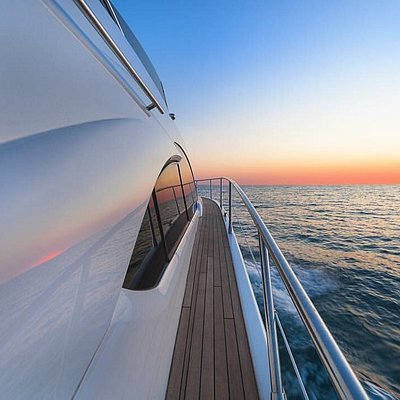 Elysium Yachts