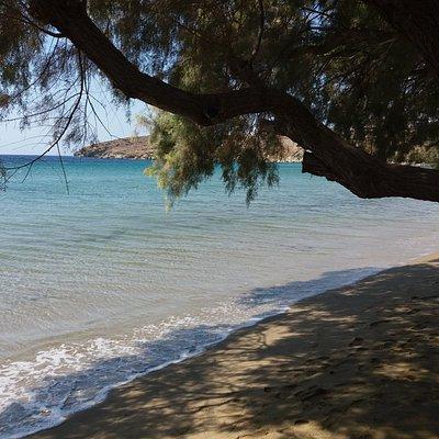 Παραλία Αγιου Ρωμανού.