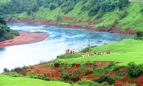 Pandre samudra side one river water also falling down from hillside.