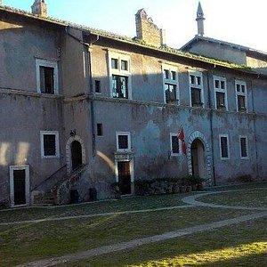 Cortile Castello della Magliana