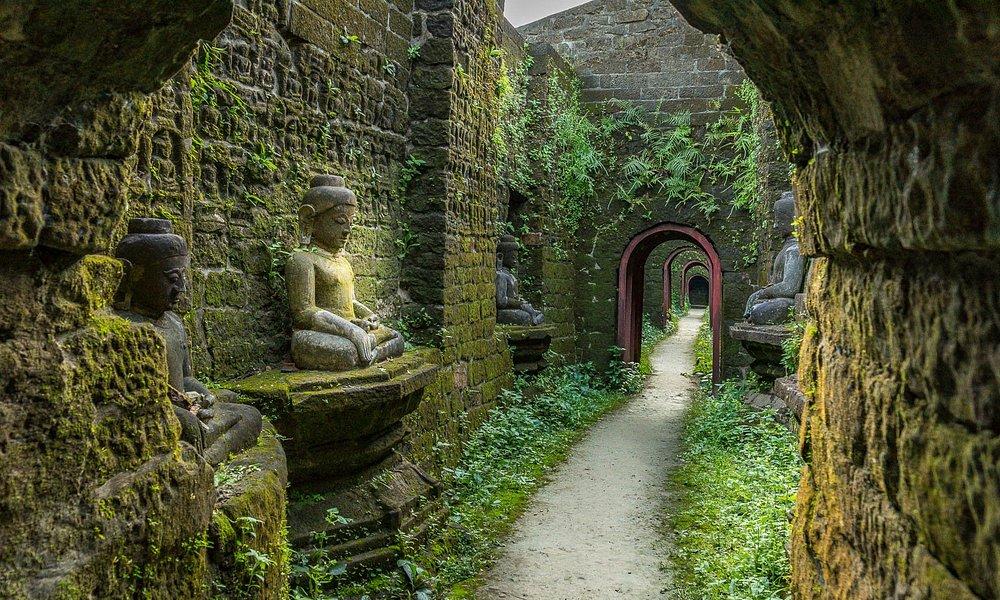 Ko Thaung Temple - 3