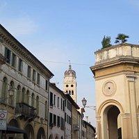 Ворота Данте и кампанила