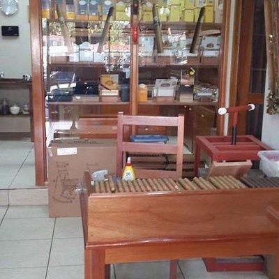 Quepos Cigar Shop