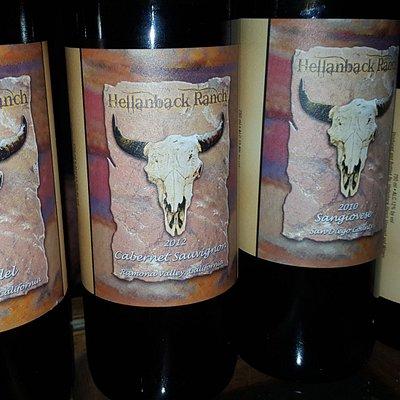 Hellanback Labels