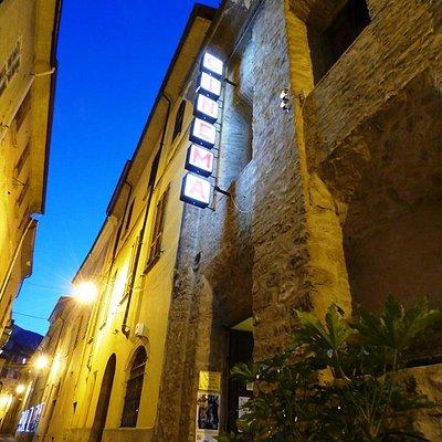 Cinema Le Grazie di Bobbio, situato dal più di 100 anni nell'antica Chiesa delle Grazie