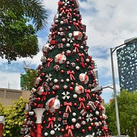 2016 Christmas Tree at Bonifacio High Street