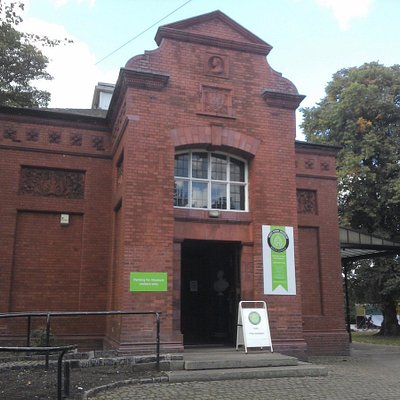 West Park Museum can be accessed via steps or ramp, and is step-free inside.