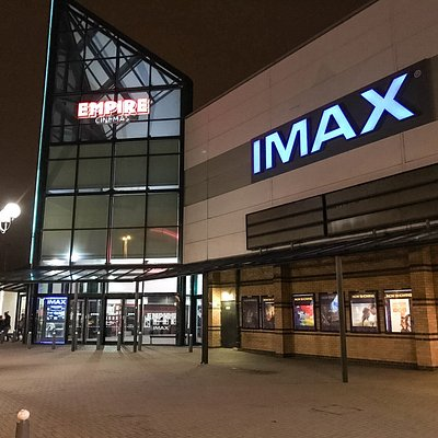 Stopped off to see Fantastic Beasts in iMax. Awesome experience of sound and vision.