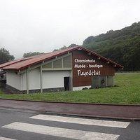 Chocolaterie-Musée-Boutique Puyodebat, Cambo-les-Bains (64, Nouvelle Aquitaine), France.