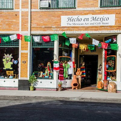 Hecho en Mexico Mexican art and gift store front