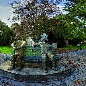 Les sculptures de Louis Chabaud accueillent le public. ©Musée de la Création Franche