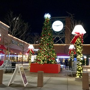 GC dresses up beautifully in this time of the season