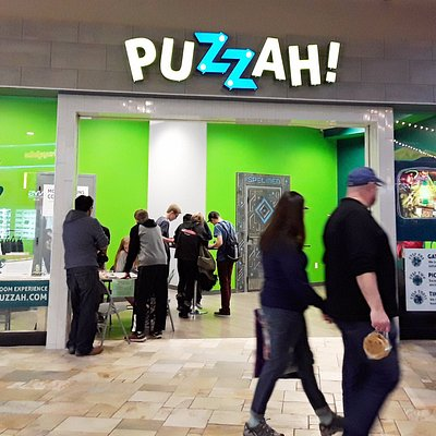 Puzzah! Flatiron is located next to the Old Navy, off the Food Court.