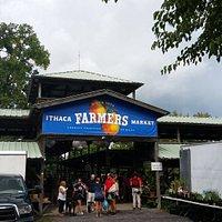 Ithaca Farmers Market: Entrance