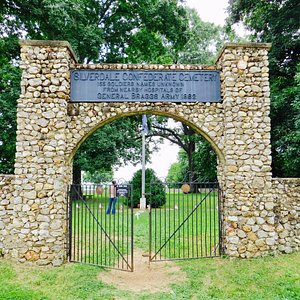 Entrance to the Silverdale Confederate Cemetery