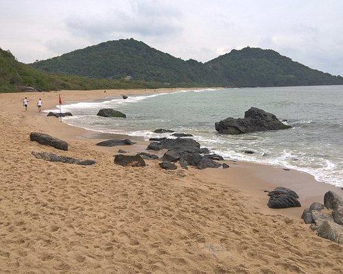 Praia do Buraco 900 metros após o inicio da caminhada pelo deck.