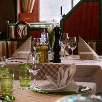 Gedeckter Tisch im Via Pasto