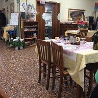 """Trattoria """"casereccia"""" , qualità del cibo ottimo , locale rustico ma vale assolutamente la pena"""