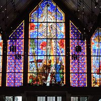 Innovative stained glass windows
