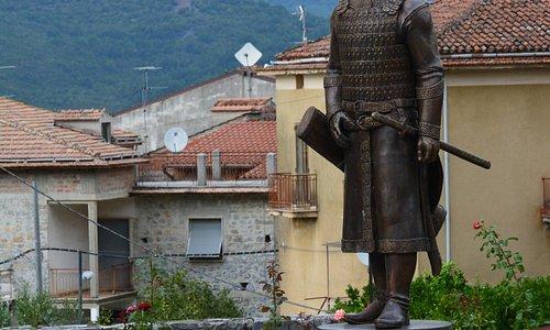 Statua del Principe Bulgaro Khan Alzeco