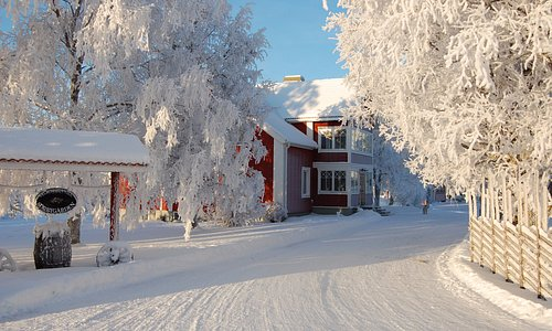 Sörbygården i vinterskrud!