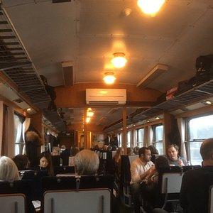 Interiörbild från blå tåget