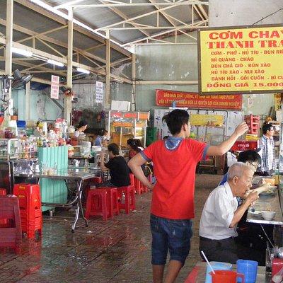 Khu ẩm thực cạnh ngay vp ban Quản Lý chợ Xã Tây, 46 đường Phù Đổng Thiên Vương, Q. 5