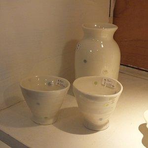 今度購入する予定です。同じデザインの湯のみと茶わん買いました