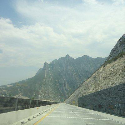 vista desde la carretera a la entrada de Monterrey