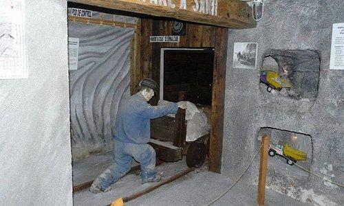 O poza unica cu ceea ce era odata exploatarea de sare