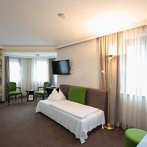 The Twin Room (Green) at the Der Salzburger Hof