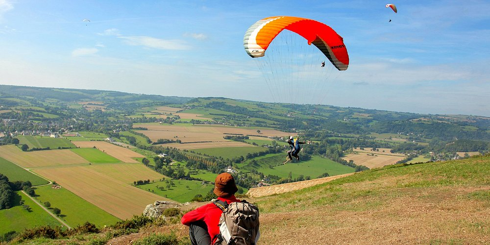 Parapente en Suisse Normande - Photo Grégory Wait