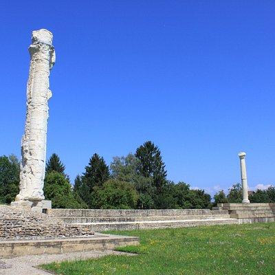 Руины древнеримского храма