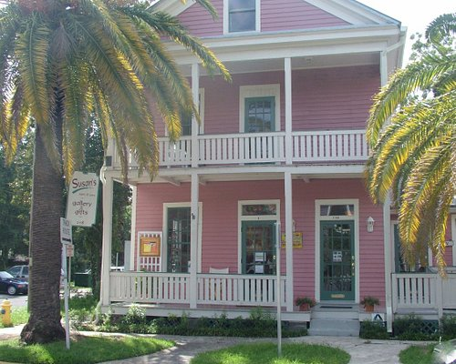 The Gallery is housed in one of the Historic Homes in Fernandina Beach, built in the 1870's