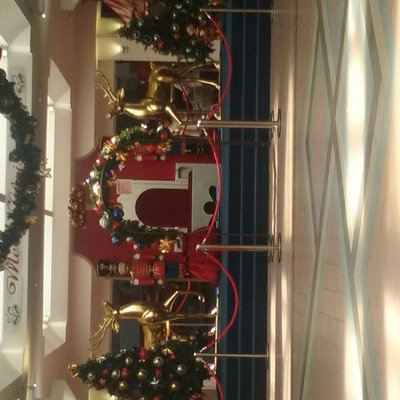 Christmas at Gladstone Park