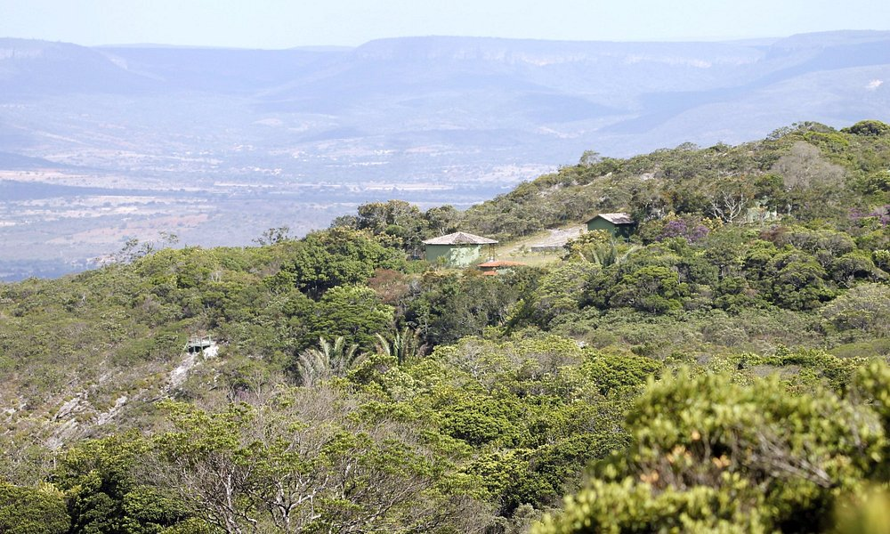 Paisagem do Parque Estadual das Sete Passagens, com vista da sede.