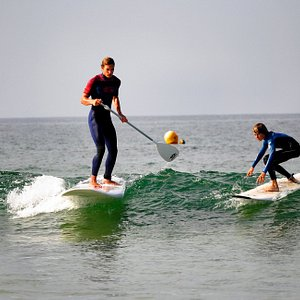 Esb fort bloque surfschool propose stand up paddle (sup) and surfing lesson's