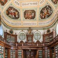 """Sala Vaccarini"" o Libreria dei Padri cassinesi"