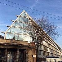 Milano, Fondazione Feltrinelli: facciata posteriore (lato casello daziario)