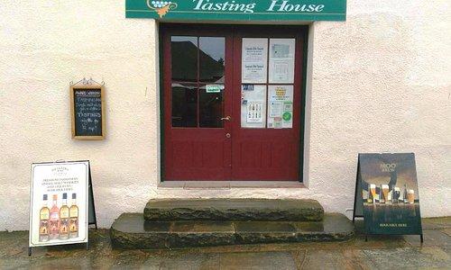 Entrance from Richmond Bakery.