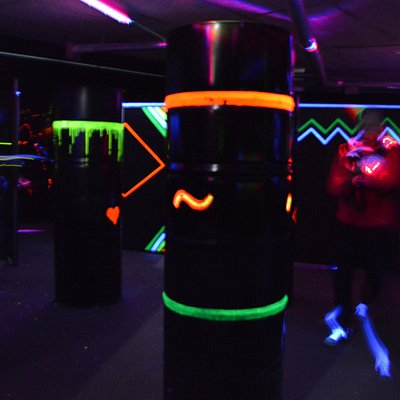 MAD LASER - Part of the indoor lasertag arena