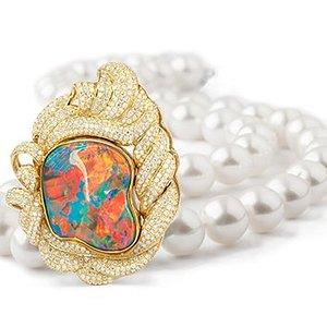 Australian Opal Cutters and Australian Pearl Divers