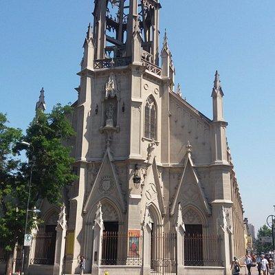 Santiago de Chile, Barrio La Chimba, Iglesia de Las Carmelitas.