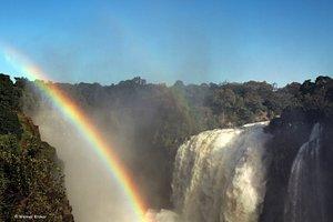Regenbogen am Victoria Falls