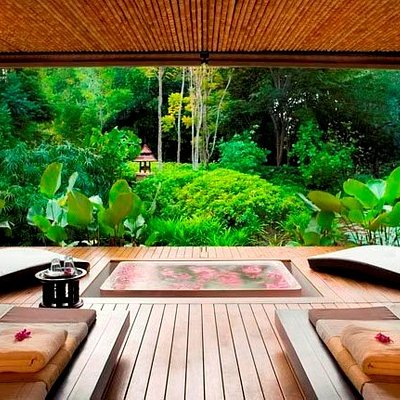 Enjoy your Private bath tub and Aroma steam room in your PRIVATE SPA SUITE
