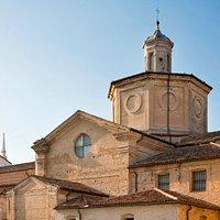 L'affascinante vista che si può ammirare dal cortile del museo MAST Castel Goffredo